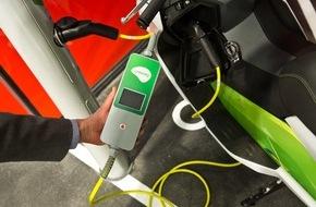 Vodafone GmbH: Strom aus der Laterne: Vodafone liefert M2M-Technik für intelligente E-Zapfsäulen