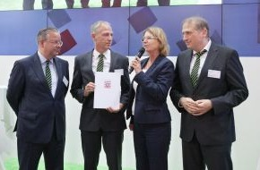 """Nassauische Heimstätte Wohnungs- und Entwicklungsgesellschaft mbH: 9,7 Millionen Euro für """"Riedbergwelle"""""""