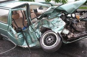 Polizeidirektion Pirmasens: POL-PDPS: Schwerer Verkehrsunfall auf der L 471