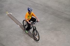 Touring Club Schweiz/Suisse/Svizzero - TCS: Giornata nazionale TCS d'educazione stradale: maggiore sicurezza per i più giovani (IMMAGINE)