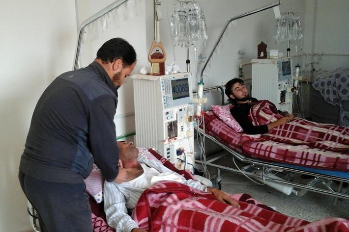 """action medeor packt große Medikamentensendungen für Syrien / """"Der Weg für humanitäre Hilfe muss frei gemacht werden"""""""