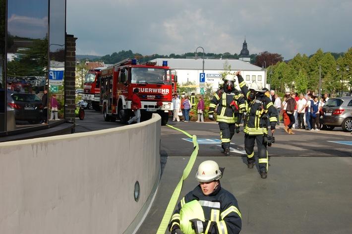 FW-OE: Feuer im Keller eines Hotelbetriebes