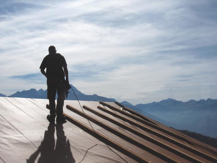 Stamisol DW - Sicherheit am Dach mit umfassender 10-Jahresgarantie