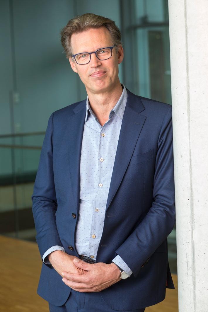 Klaas Stok wird neuer Chefdirigent des NDR Chores