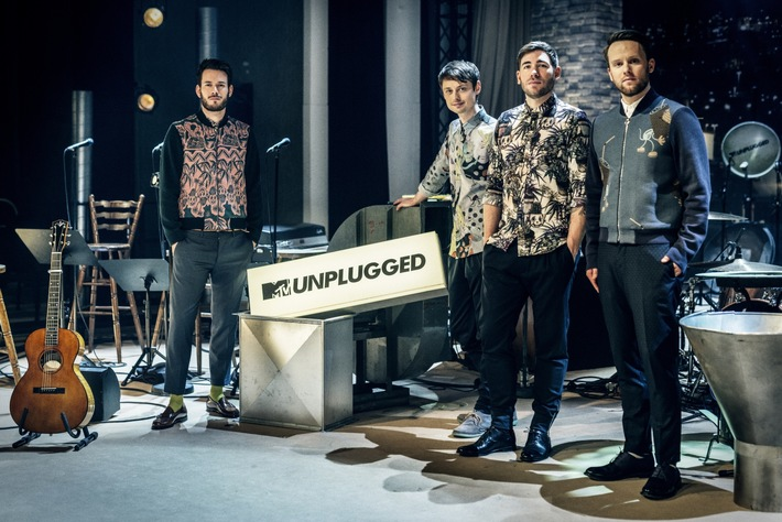 """Exklusiv bei CinemaxX: """"REVOLVERHELD - MTV Unplugged in drei Akten"""" als Leinwandpremiere / Live-Auftritt der Band im CinemaxX Hamburg-Dammtor / Satelliten-Übertragung in alle weiteren CinemaxX Kinos"""