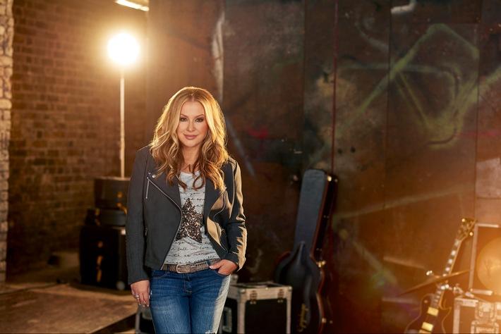Music loves Fashion: Weltstar Anastacia rockt mit ALDI SÜD