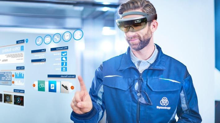 thyssenkrupp treibt Digitalisierung des weltweiten Aufzugsservice weiter voran: Microsoft HoloLens verringert Wartungszeit