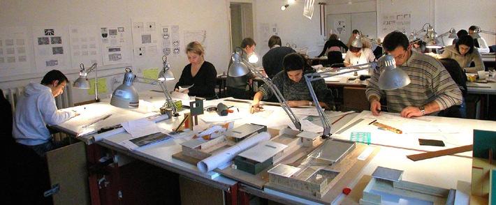 Rentrée-record à l'ATHENAEUM de Lausanne: la plus internationale des écoles Suisses d'architecture franchit le cap des 150 étudiants!