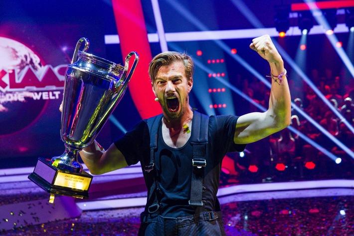 """Joko Winterscheidt wird letzter Weltmeister in 2015 - ProSieben-Show """"Das Duell um die Welt"""" begeistert mit starken 15,2 Prozent Marktanteil"""