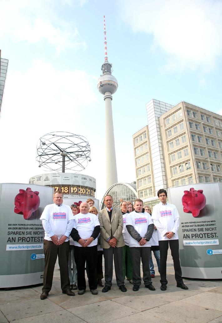 Ferkelprotest zum Welttierschutztag - Auftakt in Berlin
