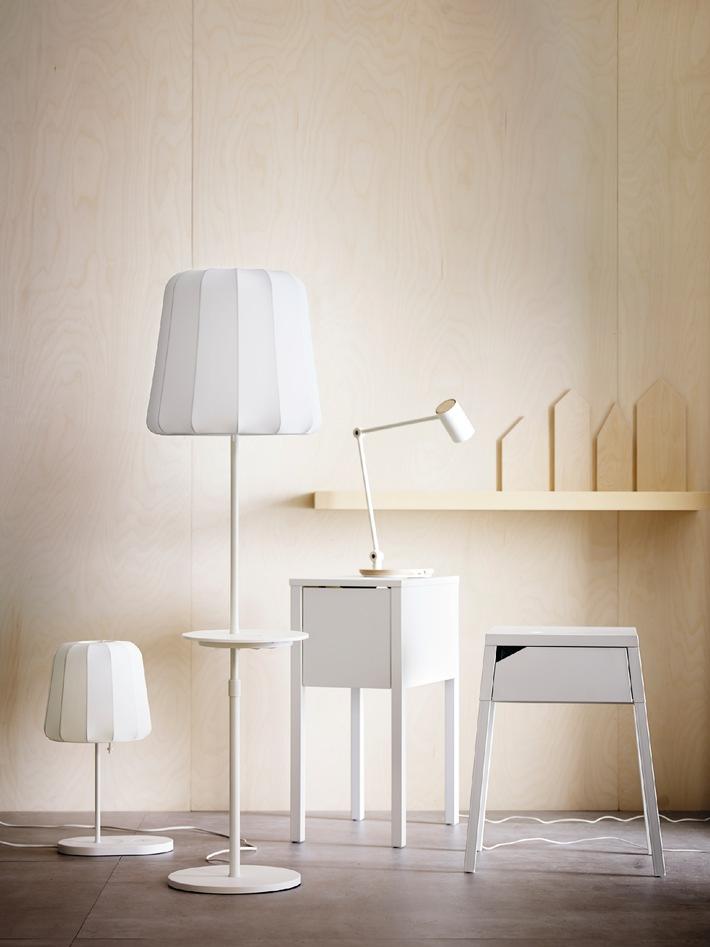 Neue IKEA Design-Kollektion mit kabelloser Ladefunktion: Möbel mit innovativer Technik machen das Leben zu Hause noch angenehmer