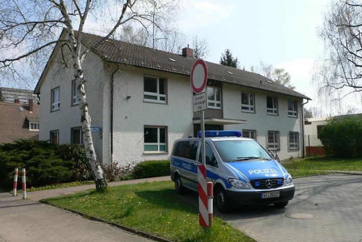 """POL-F: 080311 - 0297 15. Polizeirevier Frankfurt am Main - seit 50 Jahren am """"Frankfurter Berg"""""""
