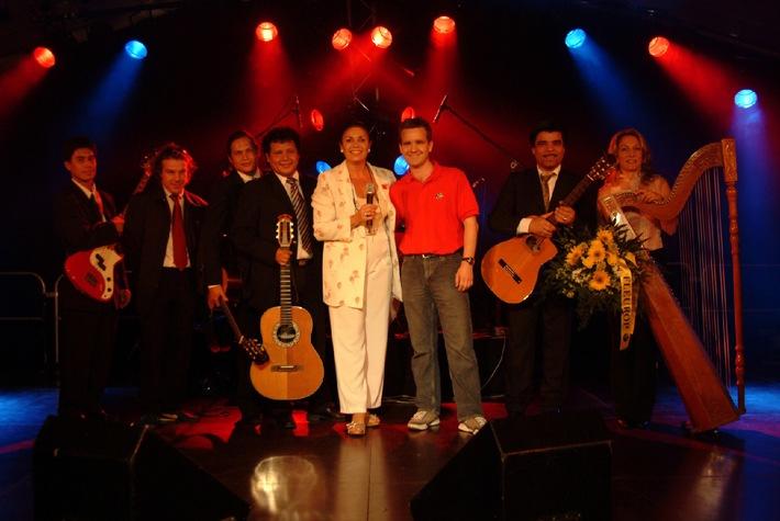 """""""Six in Harmony"""" gewinnt PRIX WALO-SPRUNGBRETT vom Donnerstag, 16. Juni 2005, anlässlich des Eidgenössischen Jodlerfestes in Aarau"""