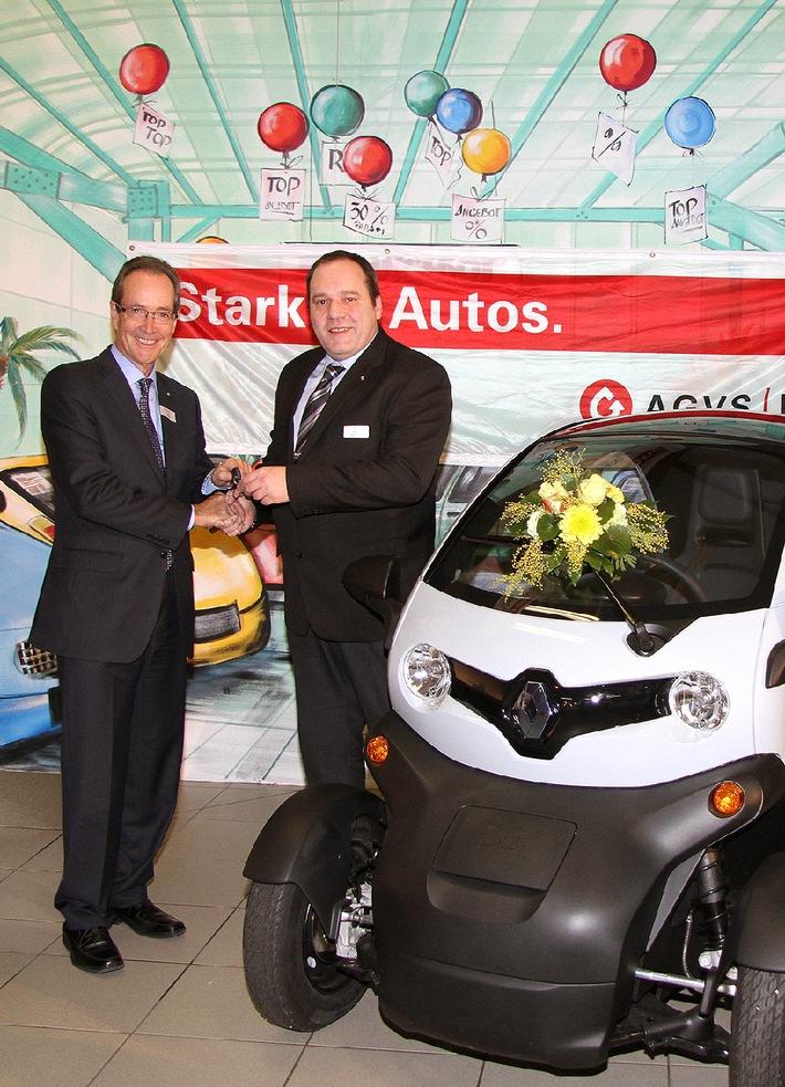 Renault Twizy als Schulungsfahrzeug für den AGVS - Renault Suisse SA unterstützt den AGVS in der Aus- und Weiterbildung