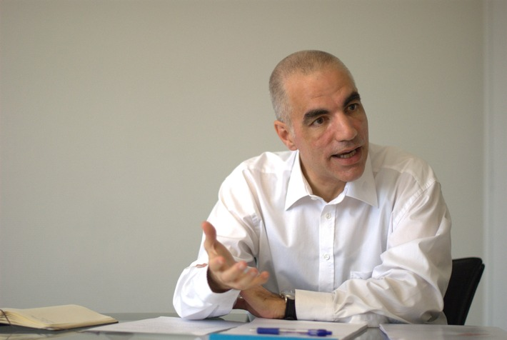 economiesuisse - Le Comité directeur d'economiesuisse propose de nommer Jean-Marc Hensch nouveau directeur