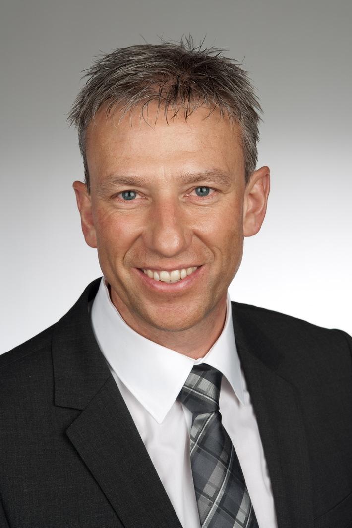 Rico Fallegger - nouveau directeur de Miele Suisse / Le successeur du Dr Reto Bazzi entre en fonction le 1er mars 2011