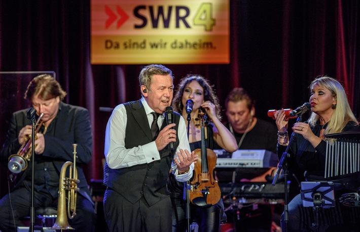 Roland Kaiser nahm Songs für neue CD bei SWR4 in Mainz auf Radiobeitrag über die Plattenaufnahmen am 12.2., 10.40 Uhr in SWR4 Rheinland-Pfalz