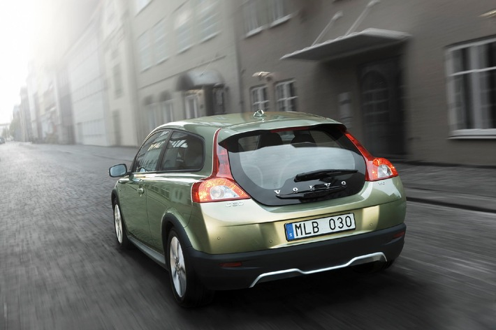 Die neuen Volvo C30, Volvo V50 und Volvo S40 1.6D DRIVe - mit CO2-Emissionen von 115 und 118 g/km