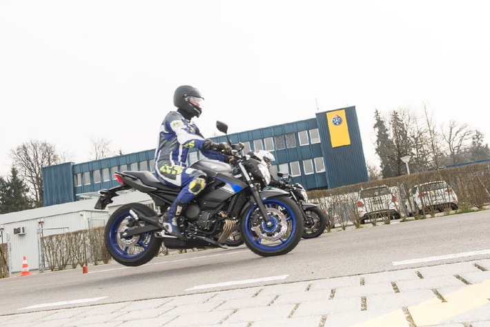 Moto: l'ABS riduce notevolmente il rischio d'incidenti