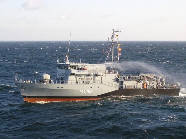 Marine: Minensprengung durch deutsches Marineschiff