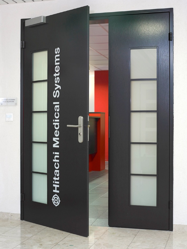 Das europäische Headquarter von Hitachi Medical Corporation vergrössert sich in der Schweiz und erhöht die europäische Präsenz