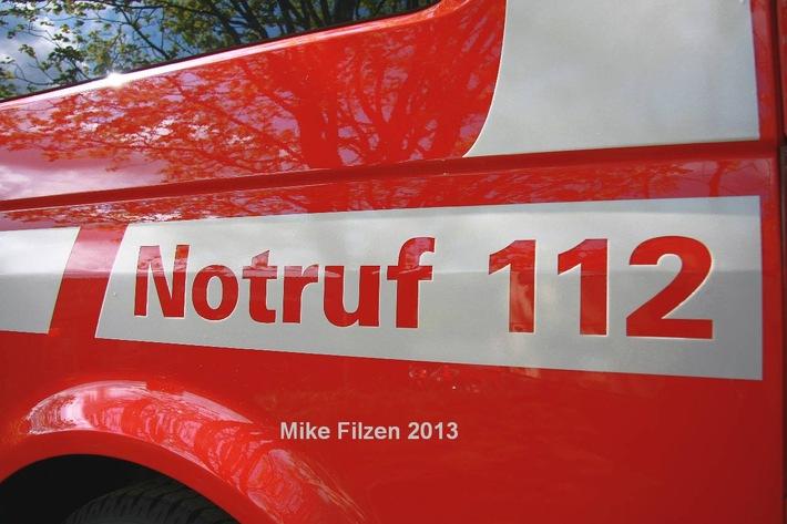 FW-E: Feuer in Werkstatthalle an der Hafenstraße