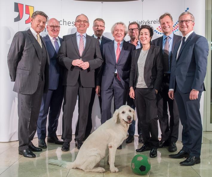"""Fünftes Symposium """"Der Phönix fliegt!"""" - Sorge über Anfeindungen gegen Journalisten"""