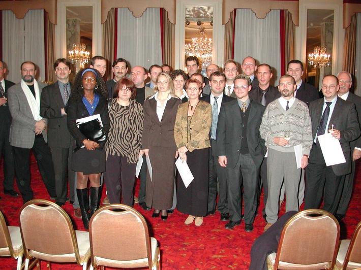 Diplôme fédéral d'économistes d'entreprise dans les arts et métiers - Une cérémonie digne de 93 nouvelles et nouveaux économistes