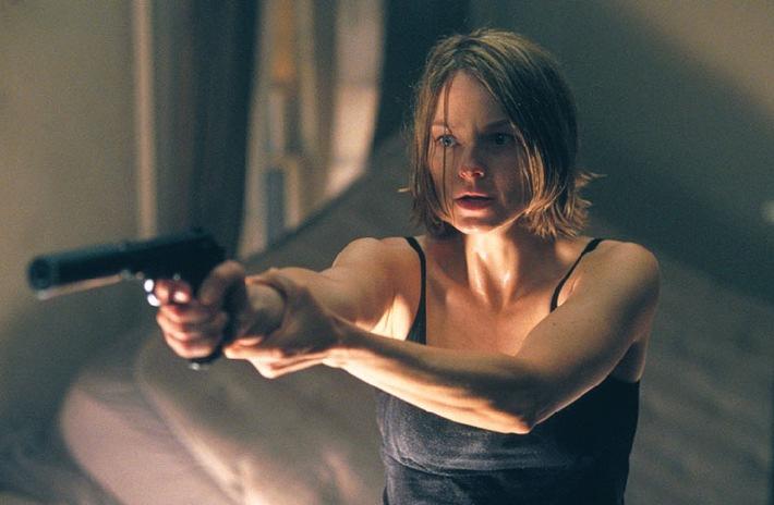 """Jodie Foster verschanzt sich im """"Panic Room"""" - AXN geht mit spannenden Spielfilmen und 3 neuen Serien ins neue Jahr"""