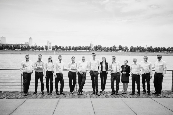 """ARKADIA Management Consultants erhält Auszeichnung beim Great Place to Work® Wettbewerb """"Beste Arbeitgeber in NRW 2016"""""""