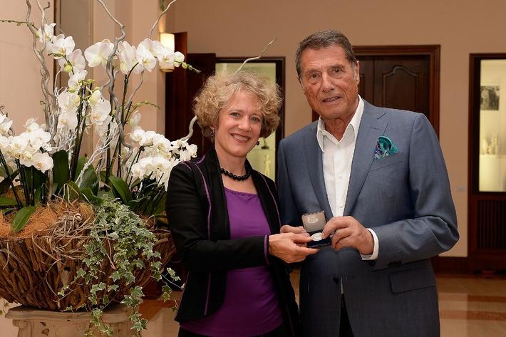 Udo Jürgens erhält Ehrenmedaille der Stadt Zürich