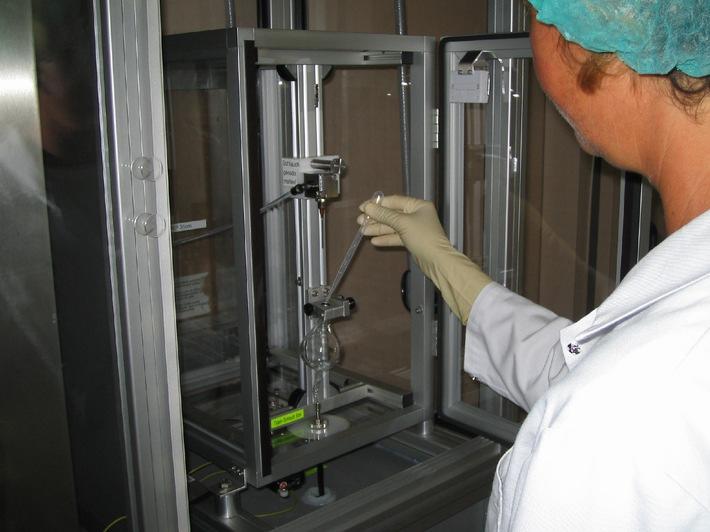 Homöopathie: Spagyros AG erfindet neue Maschine