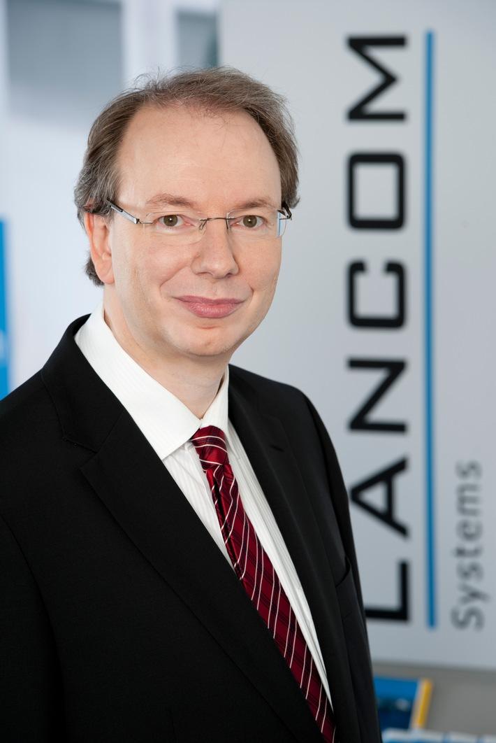 """LANCOM Systems präsentiert die Studie """"Digitale Souveränität - Einschätzungen in der deutschen Wirtschaft und Verwaltung"""" / Digitale Souveränität ist eine der dringendsten netzpolitischen Aufgaben"""