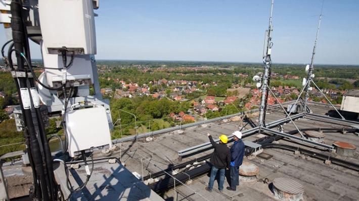 """Kundenmessungen im aktuellen connect """"Netzwetter""""-Test zeigen: Telefónica holt beim Netz auf"""