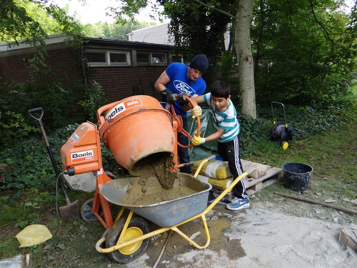 Mentoring, Bewässerungsanlage oder Sport mit Sehbehinderten - Ford-Beschäftigte sind ehrenamtlich breit aufgestellt