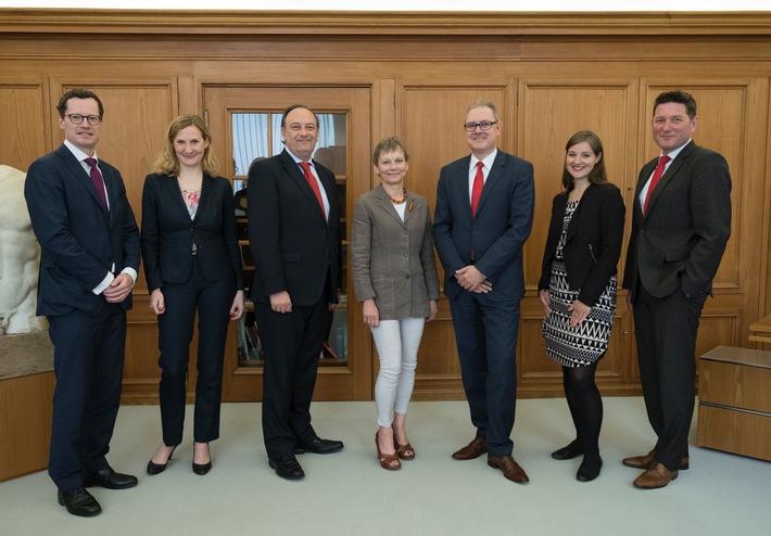 Santander und Humboldt-Universität verlängern Kooperation