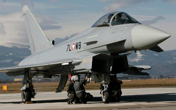 Weltwirtschaftsforum 2014 in Davos: Eurofighter sichern den Luftraum