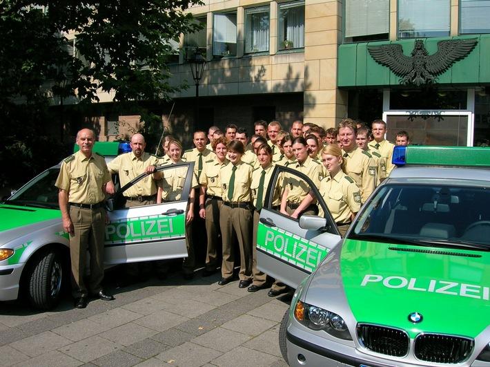 POL-MFR: (1293) Neue Gesichter vor neuen Fahrzeugen bei der Nürnberger Polizei (Bildveröffentlichung)
