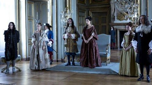 """Sky präsentiert: Serie """"Versailles"""" feiert beim Snowdance Independent Film Festival 2016 Deutschlandpremiere"""