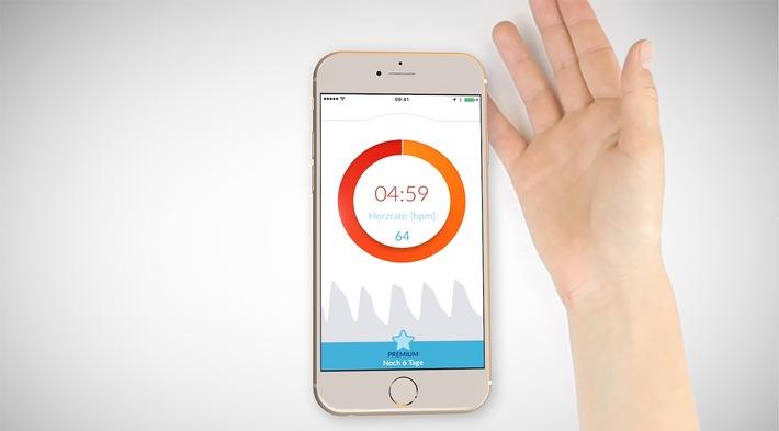 Weltweit erste medizinisch zugelassene App erkennt zuverlässig Herzrhythmusstörungen - einfach per Smartphone ohne Zubehör