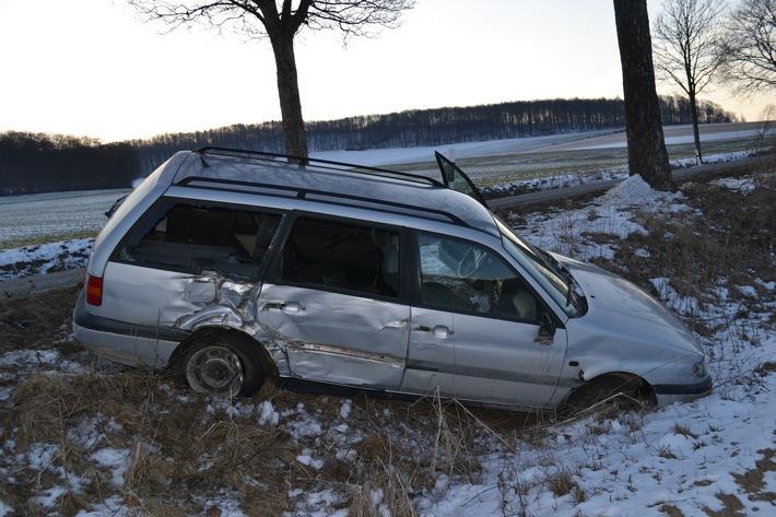 POL-HI: Bockenem/ Bad Salzdetfurth - Mit entwendeten Pkw, unter Alkoholeinfluss und ohne Fahrerlaubnis Unfall verursacht und zunächst zu Fuß geflüchtet.