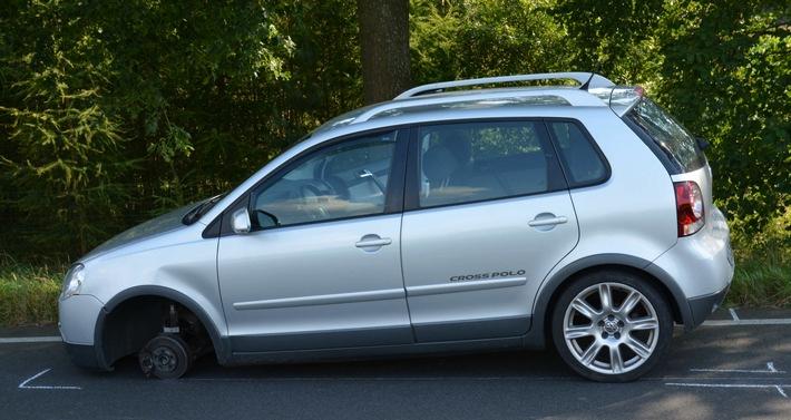 VW Polo auf drei Rädern