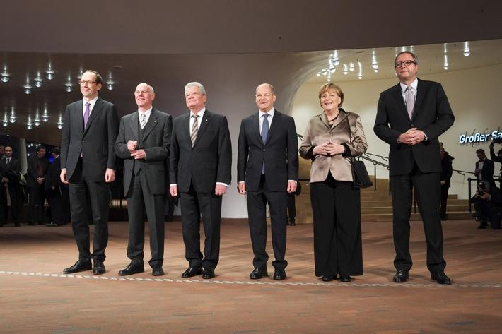 Elbphilharmonie Hamburg feierlich eröffnet