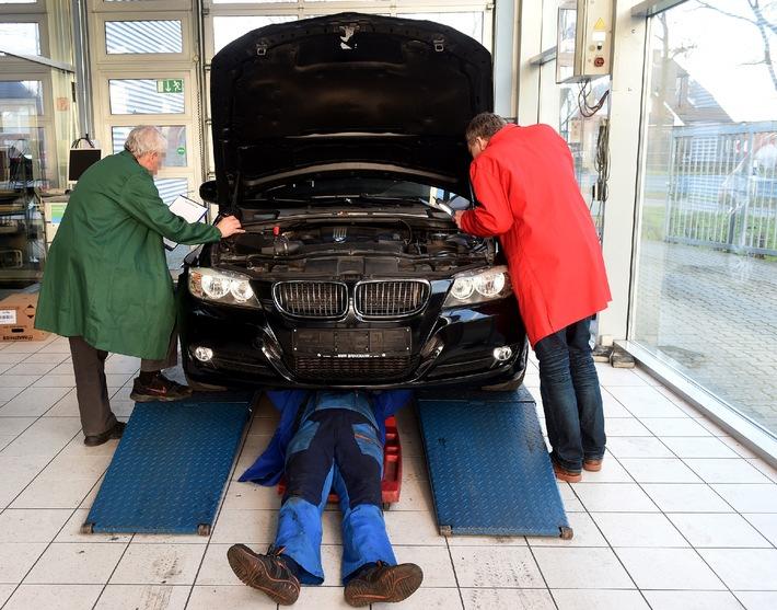 AUTO BILD-Verbrauchertest: Gebrauchtwagenprüfer arbeiten unzuverlässig und erstellen fehlerhafte Gutachten