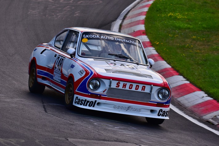 Classic Days auf Schloss Dyck: SKODA mit Motorsportikonen und seltenen Klassikern
