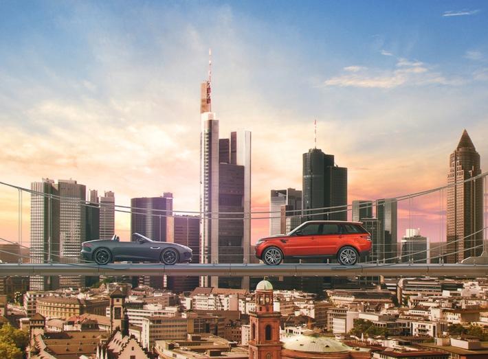 IAA Gipfeltreffen über den Dächern von Frankfurt mit den neuen Modellen von Jaguar und Land Rover