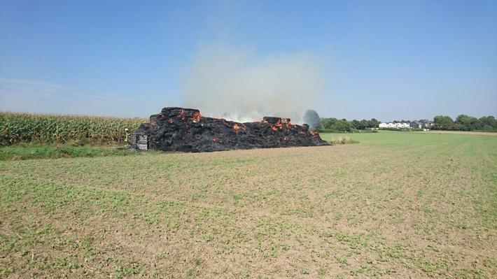 FW-RE: Abschlussmeldung: Strohballen in Brand
