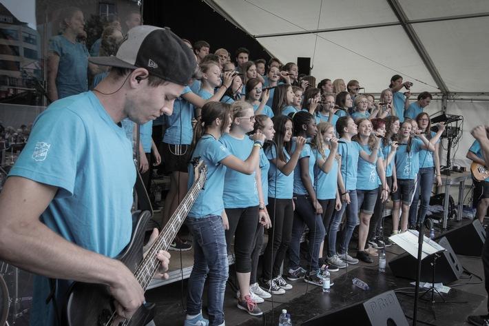 Born to praise - alive-teens feiert 20 Jahre Musik