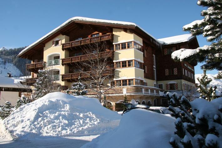 Im Hotel Schwarzer Adler im Tannheimertal zeigen sich Winter und Advent von der schönsten Seite