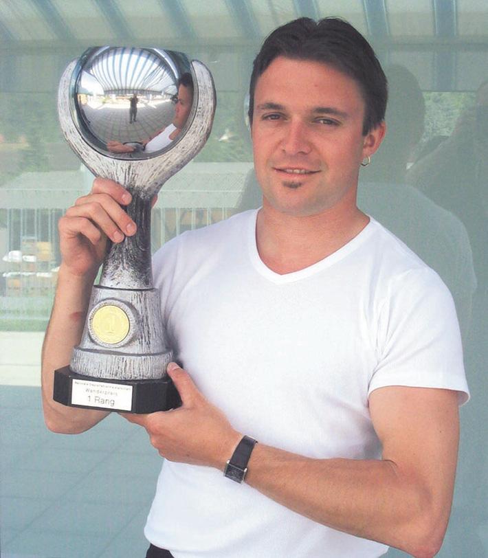 Schweizermeister 2004 der Staplerfahrer erkoren